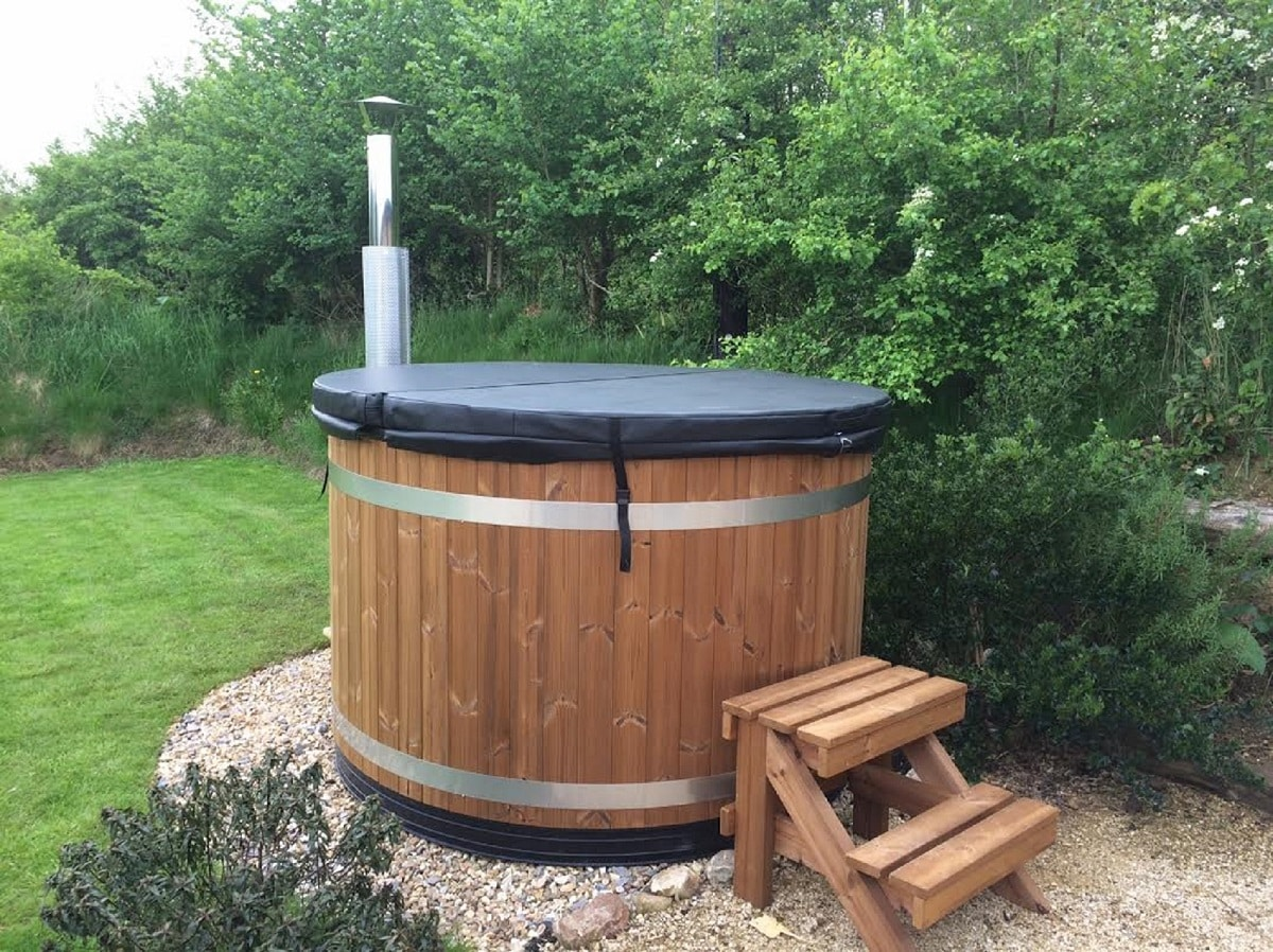 Kirami Quot Easy Quot Wood Fired Hot Tub In Devon Summer House 24