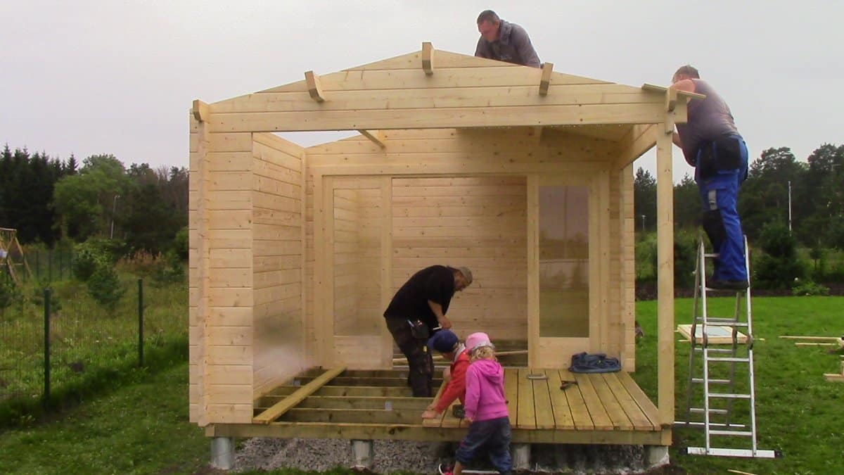 The Nora E Summer House super fast installation