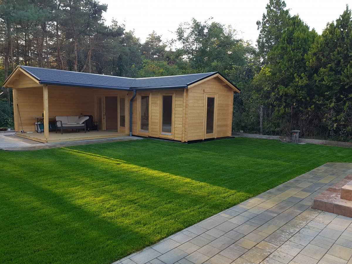 Corner Garden Room With Large Veranda Hansa B 18m2 44mm