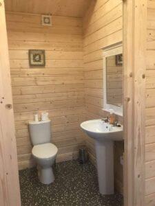 70mm log cabin as office building 4 e1518246427405