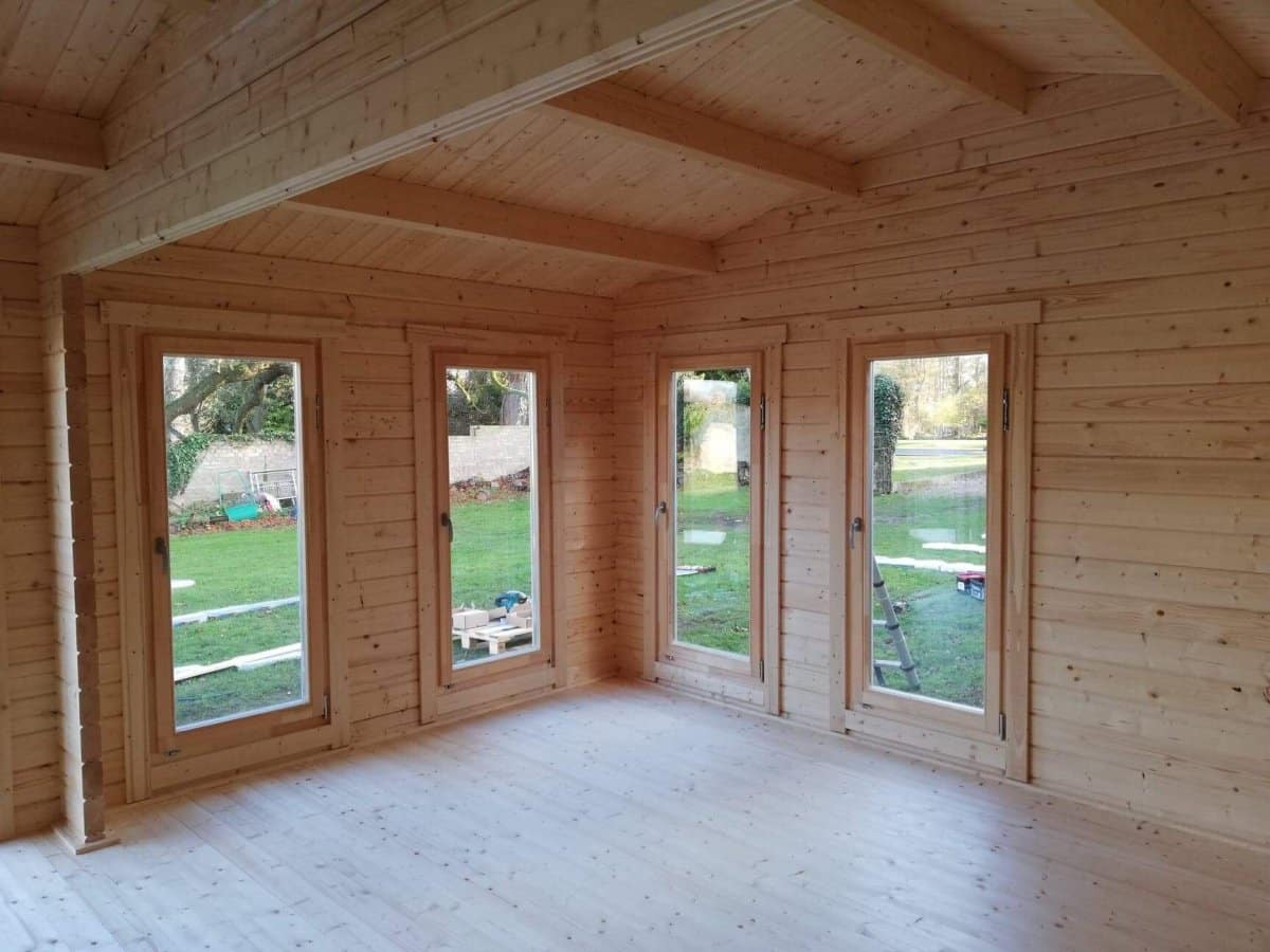 Large Garden Large Garden Room D installed and insulated 1Room D installed and insulated