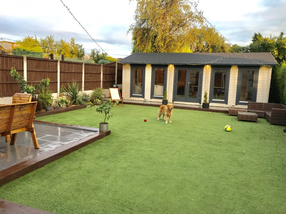 Large Garden Room D as Garden Living and Hobby Room
